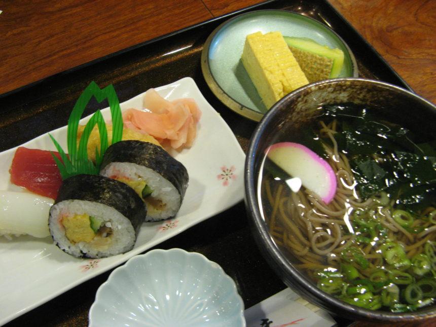 寿司セット盛り合わせ